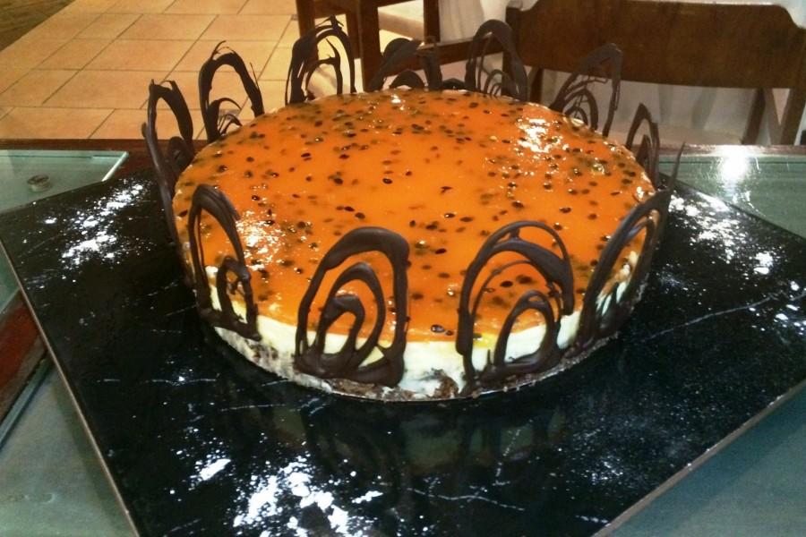 Cheesecake Chocolate Blanco y Maracuya